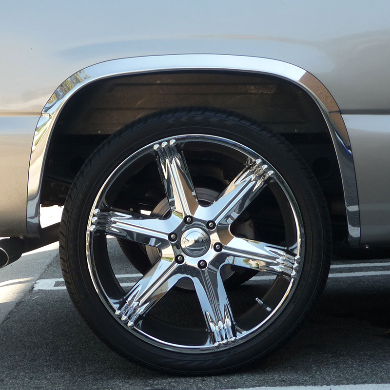 """Stainless Steel 1.6"""" Fender Trim For 1999-2006 Chevy"""